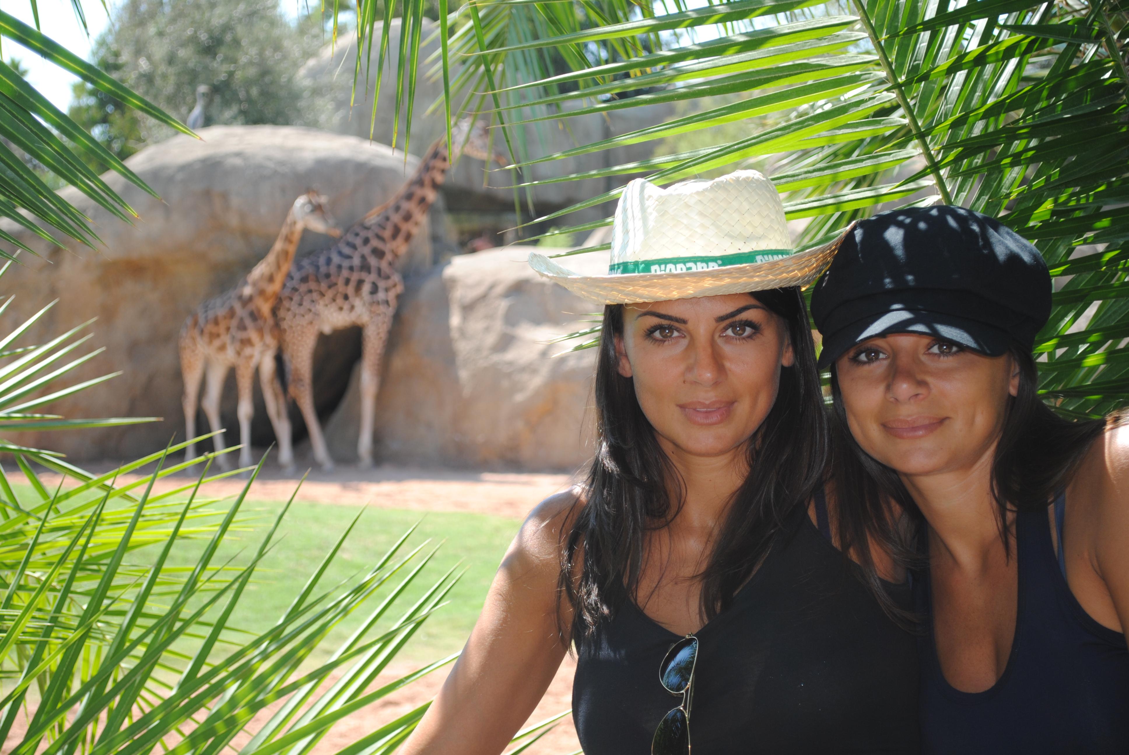 Elga e Serena Enardu