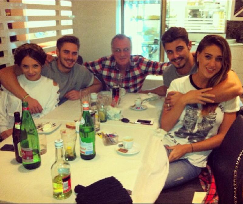 Stefano, Angelo e Francesco Monte e Cecilia Rodriguez e Valentina Scognamiglio