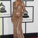 Grammy awards 2014 - Ciara Holds