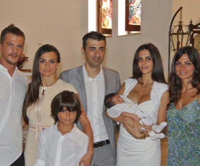 Fabuleux Uomini e Donne', l'ex tronista Elga Enardu madrina al battesimo  VC67