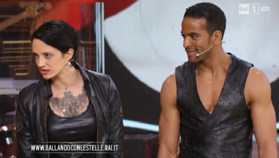 Asia Argento e Maykel Fonts - Ballando Con Le Stelle