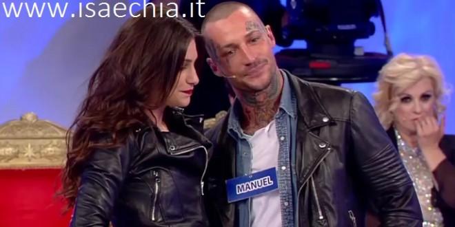 """Manuel Vallicella dopo la scelta di Ludovica Valli pubblica una foto con la mamma e scrive: """"Noi piano piano superiamo tutto!"""""""