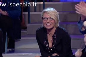 """Maria De Filippi confessa: """"Criticano 'Uomini e Donne', ma lo seguono e… lo copiano! L'addio a Mediaset? No comment!"""""""