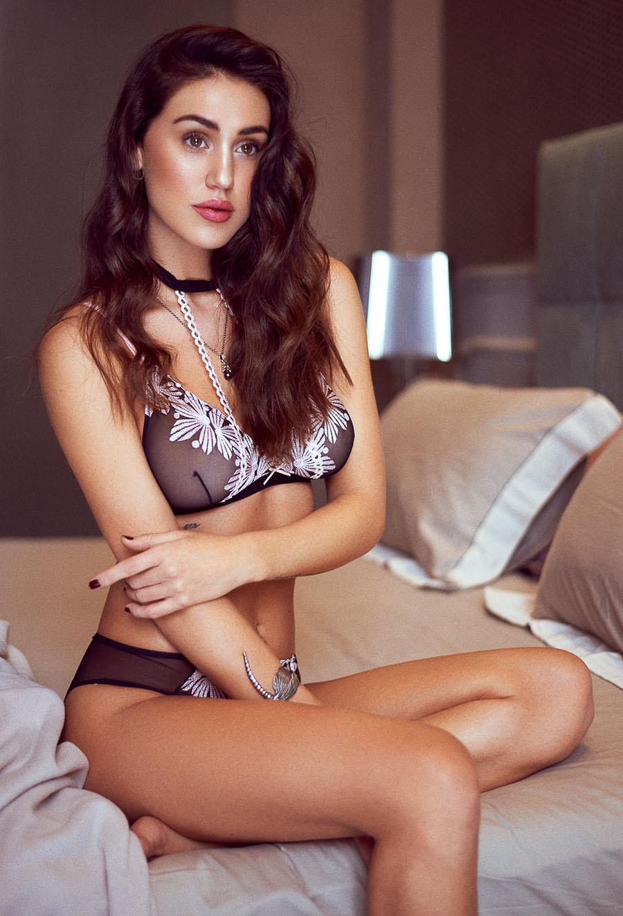 Cecilia Rodriguez nudes (34 foto) Pussy, 2019, lingerie