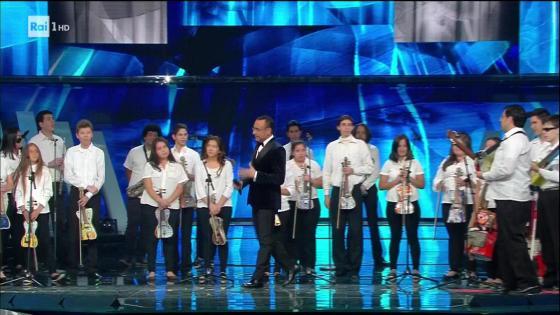 Festival di Sanremo 2017-Orquesta Reciclados de cateura