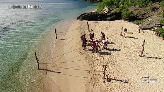L'Isola dei Famosi-prova ricompensa