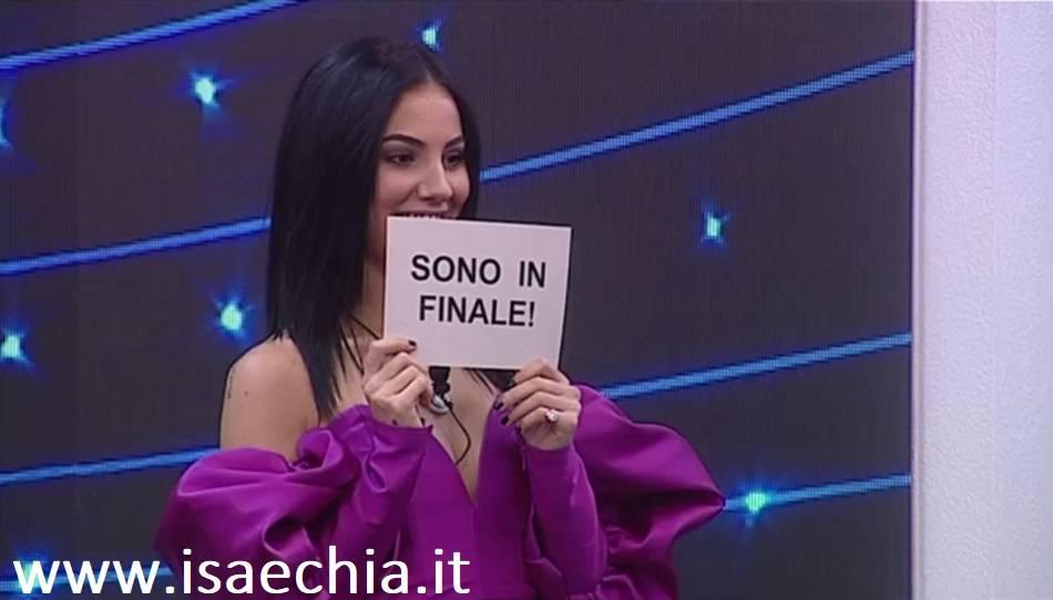Giulia De Lellis è la prima finalista del