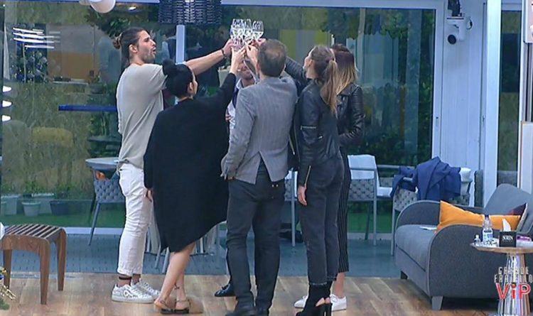Paola Caruso furiosa sui social dopo la cena con Luca Onestini