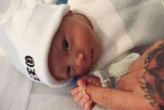 Fedez si sfoga: Io e Chiara Ferragni non siamo cattivi genitori