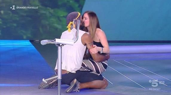 Domenica Live, Barbara D'Urso umilia Alessia Mancini: la lite in diretta