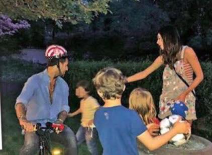 Belen Rodriguez: furiosa con i paparazzi e insulta Michelle Hunziker