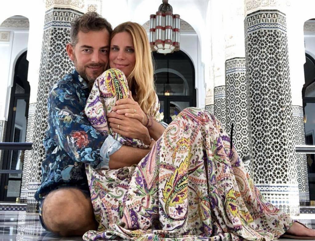 Bossari fotografato con un'altra, la coppia smentisce: